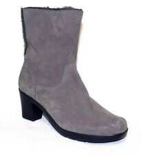 Women's CLARKS Bendables Gray Suede Faux Fur Trim Boots Sz 9 W
