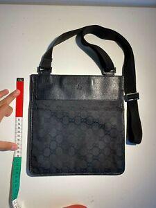 Gucci Black Monogram Supreme Canvas Messenger Cross body Bag GG