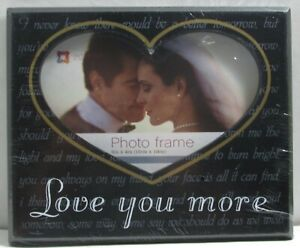 Photo frame 6x4 Heart shape of Love New & Sealed