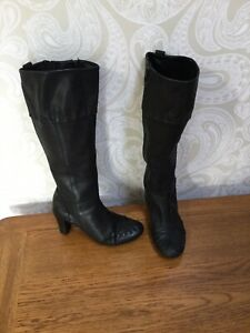 Black Clarks Knee High Soft Leather Comfortable Heeled Boots Size 6.5 6 1/2 D
