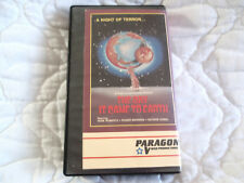 THE DAY IT CAME TO EARTH VHS PARAGON VIDEO 70'S SCI-FI HORROR COMEDY ZOMBIE