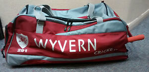 Wyvern 291 Midi Wheelie Cricket Bag, C/W Bat Pocket & Boot Section @ £33.75p !