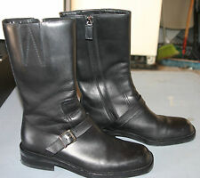 NEW IN BOX..VINTAGE GUCCI BLACK LEATHER SHORT BOOT...GORG...SIZE 7