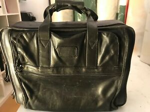Tumi Laptop Bag Briefcase Organizer Black Leather
