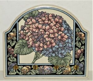 "Santa Barbara Ceramic Design Hydrangea Flower Key Holder 7"" x 6"""