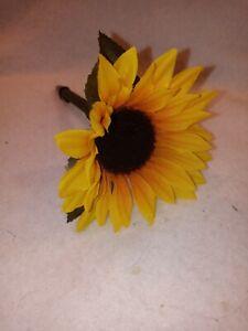 Flower Pen - Yellow Sunflower --  NEW Ballpoint pen with Black Ink