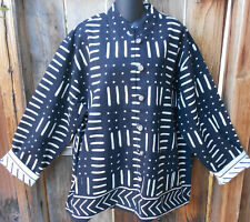 ART TO WEAR LINED WOVEN COTTON REVERSIBLE JACKET IN BLACK & WHITE BY SAM HILU, M