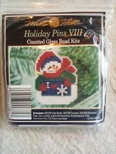 Mill Hill Holiday Pin Counted Cross Stitch Glass Bead Brooch Kit Folk Art Frosty