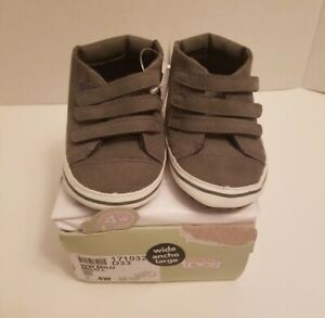 Baby Boy Casual Shoes Size 4W - Triple-Strap - Teeny Toes Milo - New With Tags