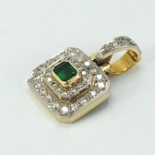 PENDANT 18K GOLD, EMERALD AND DIAMONDS. HAND MADE. NEW WITH TAGS