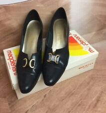 Pair of Vintage Women's California Magdesian Black Leather Heels Shoes 10.5 Slim