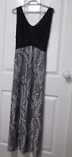 LADIES LONG BLACK & WHITE SLEEVELESS SUMMER DRESS TIED WAIST SIZE MEDIUM