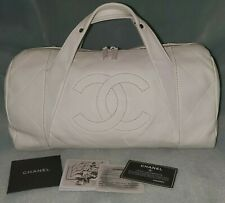Authentic  CHANEL white leather quilted satchel bag!!