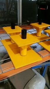 2 Container Levelling Stands