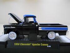 M2 MACHINES - AUTO-TRUCKS - 1958 CHEVROLET APACHE CAMEO PICKUP TRUCK  1/64