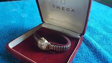 WOMENS OMEGA LADYMATIC 17J Dimple Dial 14K Gold WATCH - ORIGINAL VELVET CASE