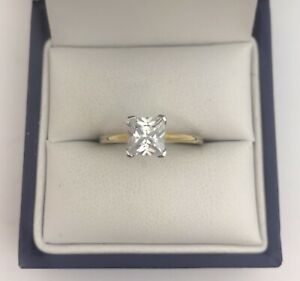 Very Attractive 9ct Gold & Square Cut CZ Solitaire Ring.  Size N