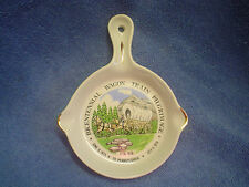 Vintage Kitchen Bicentennial Wagon Trail Pilgrimage Cooking Souvenir Spoon Rest
