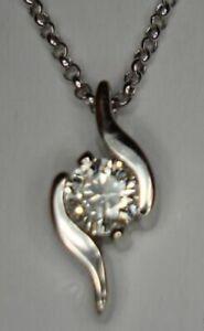 18ct WHITE GOLD .25ct SI DIAMOND CLAW RUB OVER SOLITAIRE PENDANT + NECKLACE 750