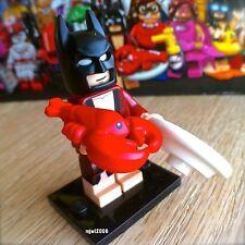 71017 THE LEGO BATMAN MOVIE Lobster-Lovin' Batman #1 Minifigures SEALED bathrobe