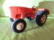 Antiker Spielzeug Taktor hergestellt 1957-1962, Holz, Metall, Kunststoff,