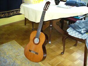 Yamaha C 40 Gitarre