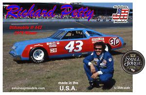 SJR-8461 Salvinos JR Models, RICHARD PETTY,Oldsmobile 1979 Winner Scale 1:24 NEW
