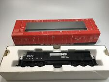 Atlas  C30-7 Locomotive Norfolk Southern   #8020   HO Scale