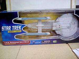 Star Trek Generations Diamond Select USS Enterprise NCC 1701B