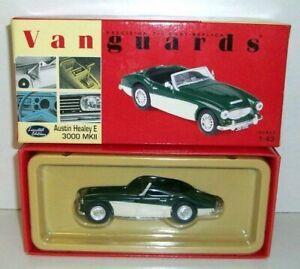 VANGUARDS 1/43 VA05101 AUSTIN HEALEY E 3000 MK2 BRITISH RACING GREEN WHITE