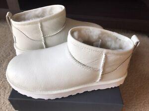 New Authentic Ugg Classic Ultra Mini Boots, Rare White Color, Women's Size 7