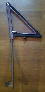 FORD FALCON GT XR XT XW XY LEFT FRONT DOOR VENT QUARTER 1/4 WINDOW GLASS