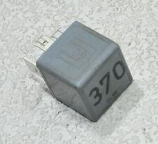 AUDI A6 4B C5 Avant (98-01) Relais 370 - 8D0951253 #B265