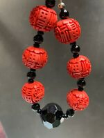 Ladies Women's Red Black Oriental Style Beaded  Strand charm bracelet 8.5""