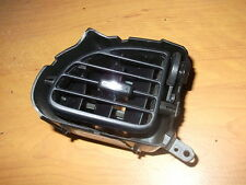 2000 - 2002  FORD TAURUS  LEFT DRIVER SIDE DASH VENT  BLACK OEM