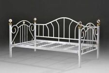 PINA Single Steel Day Bed / Metal Daybed - White