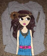 Dream Girl Top GUC Size 10/12 CUTE Light Grey With Cute Girl