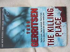 THE KILLING PLACE TESS  GERRITSEN  P/B