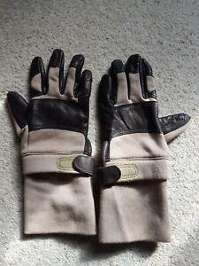 CamelBak  Fire-retardant Tan Gloves assault gloves