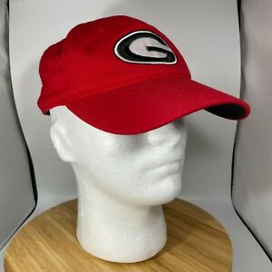 Georgia Bulldogs Fitted Baseball Hat 7 1/4 Wool Top of the World Red Black White