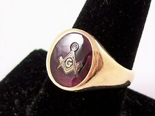 RETRO MASONIC 10K YELLOW GOLD RING WITH RUBY RED STONE, HALLMARKED, SIZE 10