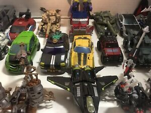 Mixed lot of 25 Transformers Figures