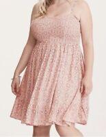 Torrid Floral Dress Size 00 0 2 4 Tile Print Smocked Bodice Challis Dress Pink