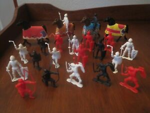 Vintage MPC 45MM Red, Black & White Knights plus Horses with Paper Bards