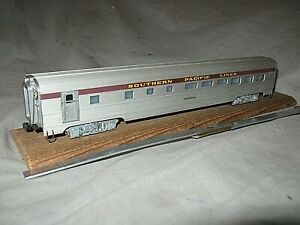 X5965 HO UNKNOWN metal SOUTHERN PACIFIC RR TOHATCHI STREAMLINE DINER