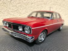 Ford Falcon XT 1:18 Metall Classic Carlectables