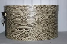 SCARCE WEIGHTY ANTIQUE TAUPE REPTILE PRINT WALLPAPER ROUND HAT BOX VINYL HANDLE