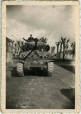 PHOTO ANCIENNE - VINTAGE SNAPSHOT - MILITAIRE CHAR CASERNE - MILITARY TANK 1