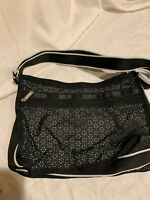 LeSportsac NWT Crossbody Purse / Shoulder. 2 large Zipper + 2 outside + Cosmetic