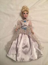 "Disney Princess Cinderella Brass Key Porcelain Special Edition 14"" Doll-rare"